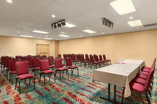 A spacious meeting room at the Days Inn Stephenville hotel located near the Stephenville airport